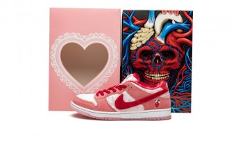 "SB Dunk Low ""StrangeLove - Special Box"" CT2552 800a"